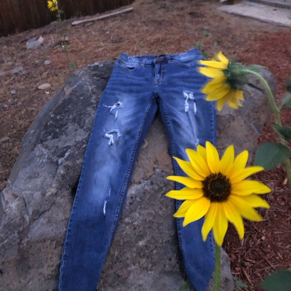 Supplies Pants - Skinny Distressed Jeans